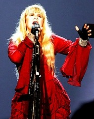Stevie_Nicks_Performs